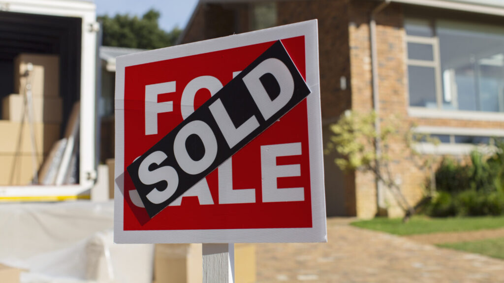 Is it a good year to sell my house in the 2021 market?